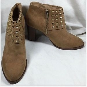 FOREVER 21 Brown Faux Suede Studded Ankle Boots 9M